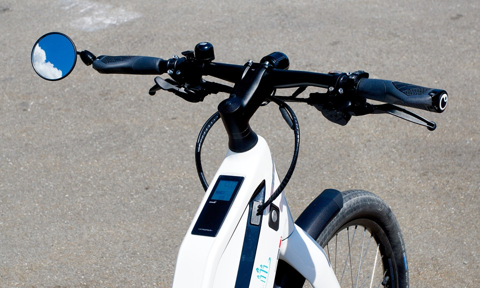 Roulez jeunesse ! Le vélo électrique est là pour vous libérer !