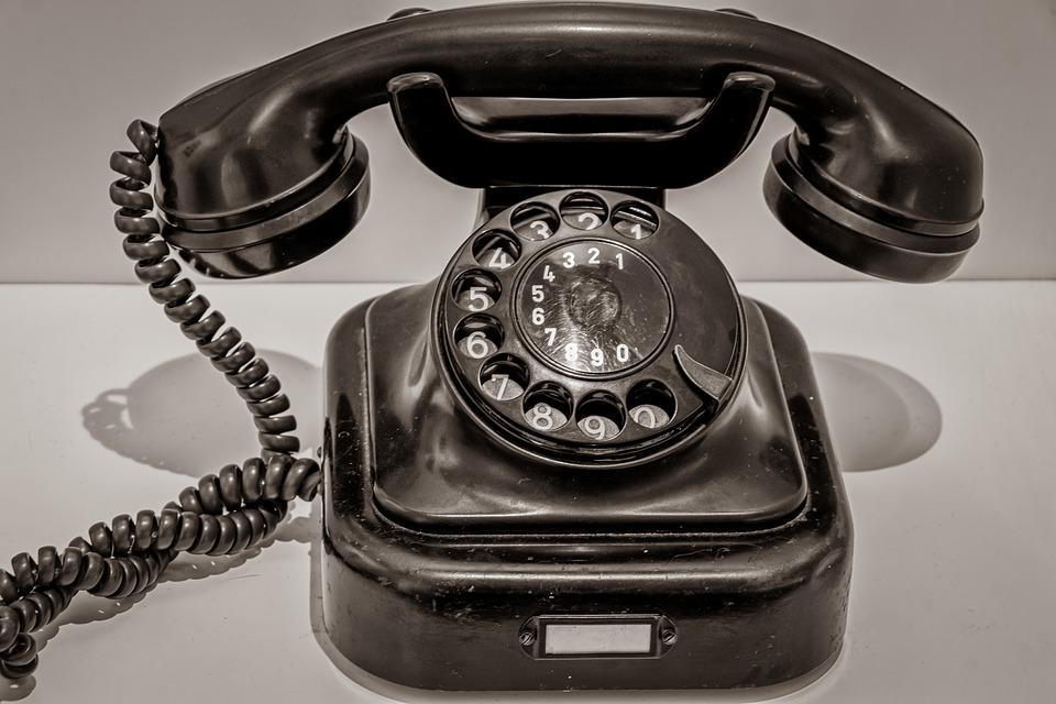 Le téléphone garagiste, un accessoire de liaison permanent entre client et garagiste